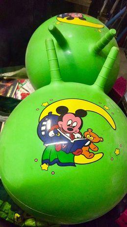 Мяч резиновый детский для подскоков с двумя держателями, 50см диаметр