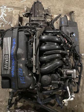 Мотор 2.0 320і BMW E90 n42b20 2005 - 2007 Двигатель двигун БМВ е90