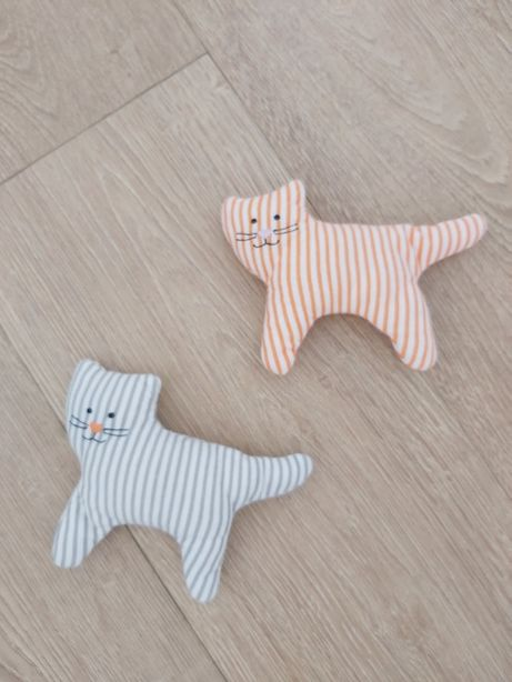 Grzechotki kotki Ikea - 2 sztuki