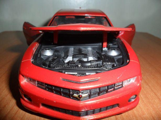 Машина Welly, Peugeot 207, Chevrolet camaro метал., масштаб 1:24