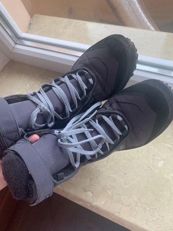 Ботинки adidas 23 см