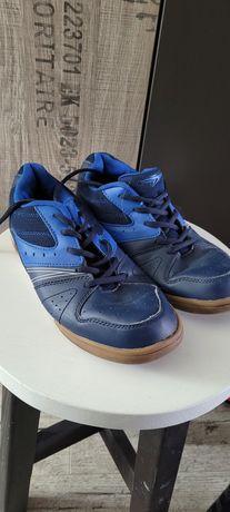 Buty sportowe halówki rozm.39