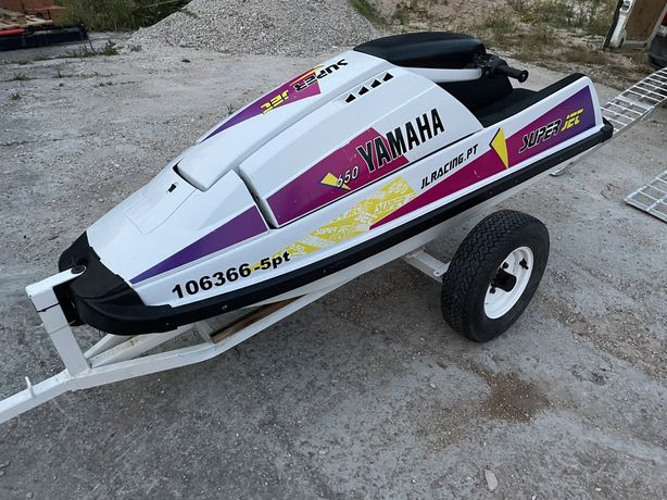 Mota de agua yamaha superjet 650