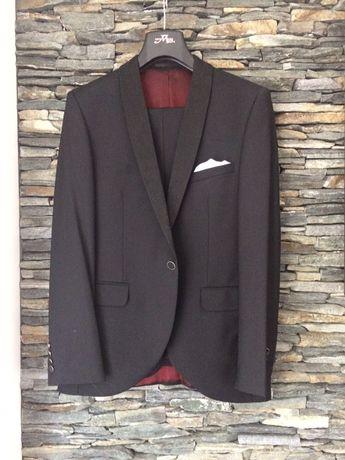 elegancki garnitur ślubny
