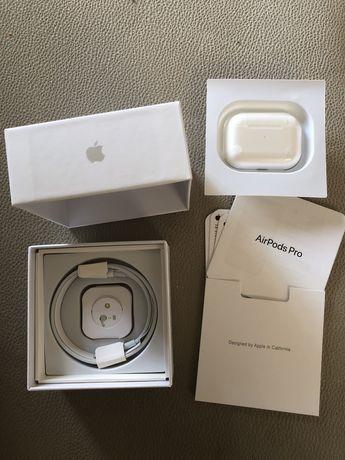 AirPods Pro - Apple (Novos)