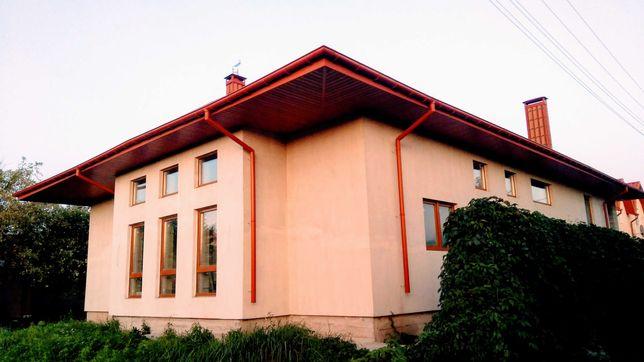 Одноэтажный коттедж в Хотяновке. 8 соток, 200м2, свет+газ.