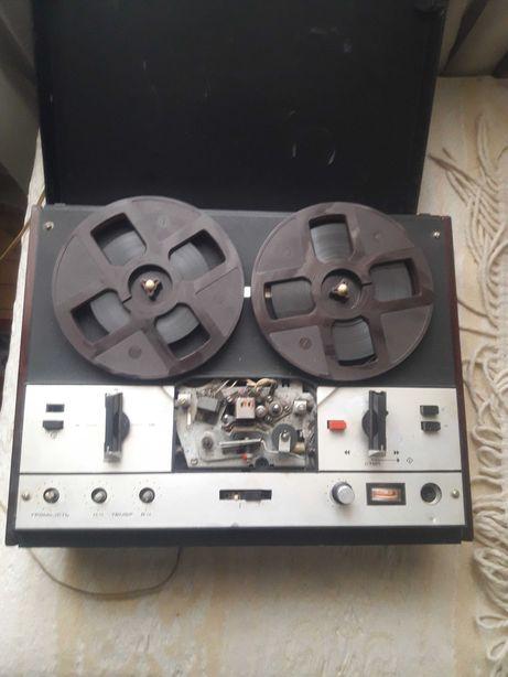 Магнитофон Маяк 202 СССР