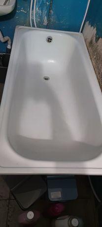 Ванна Б/У. Продаємо в зв'язку з ремонтом.