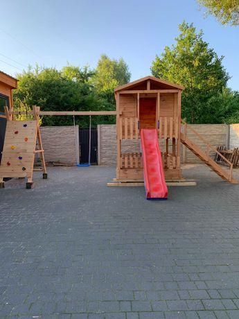 Domek dla dzieci plac zabaw drewniany huśtawka zjeżdżalnia piaskownica