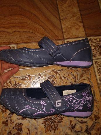 Туфли в садик на утренник или школу фирмы Graceland 32 р 20 см