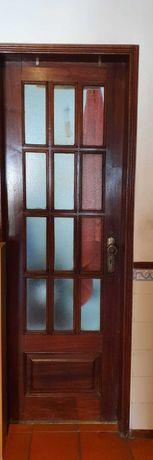 Portas madeira e vidro