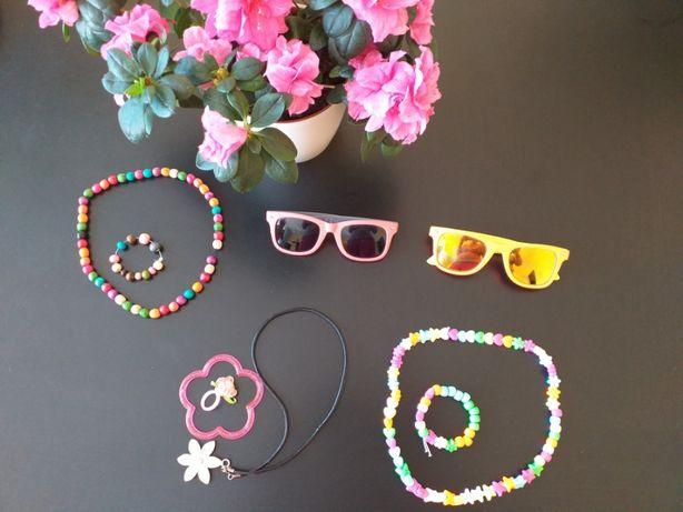 Biżuteria, naszyjniki, okulary