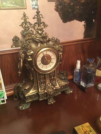 Часы  старинные  бронза
