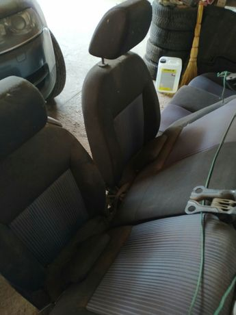 Продам сиденья Ford Fusion 2009