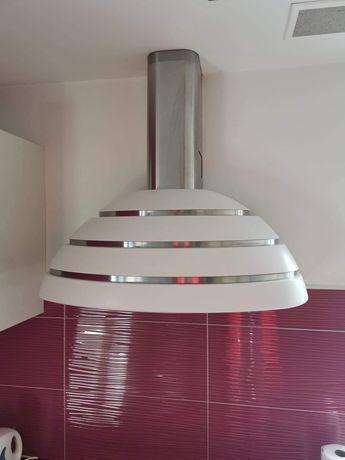 Okap kominowy biały renomowanej firmy Faber