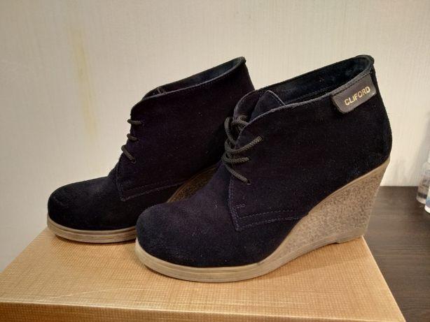 Ботинки темносиний замш