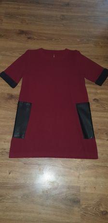 Вязаное платье с карманами из эко кожи