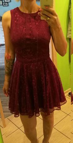 Sukienka koronkowa bordowa rozm. 36 S