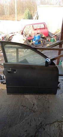 Audi A4 B6 drzwi prawy przod kompletne