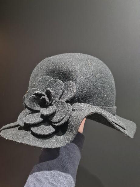 Jesienno-zimowy kapelusz z Solar
