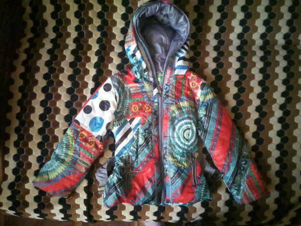 Продам куртку для девочки 3 лет
