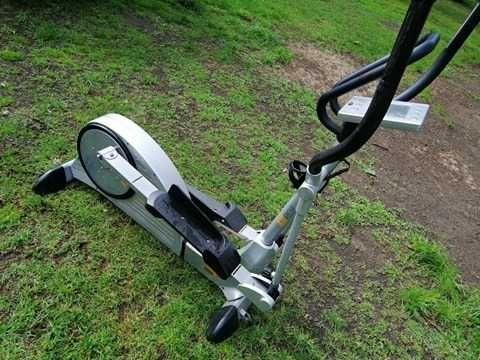 Orbitrek magnetyczny z elektryczną regulacją stepper rowerek fitness