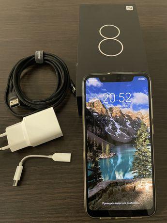 Продаю идеальный Xiaomi Mi8 128GB Blue (Глобальная версия)