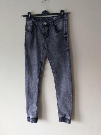 Chłopięce spodnie jeansy  158 Reporter Young