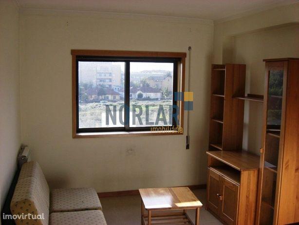 Apartamento T1 Mobilado em Maximinos