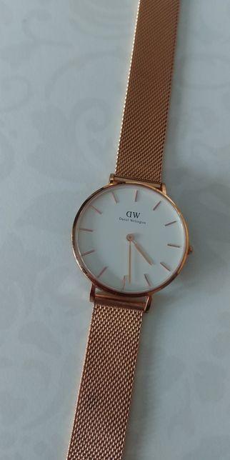 Zegarek DW Daniel Wellington 32mm różowe złoto