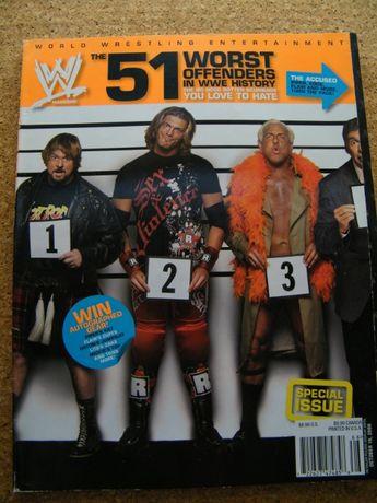 Revista WWE edição especial - 51 Worst Offenders in WWE History