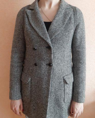Женское пальто пиджак р.L-XL
