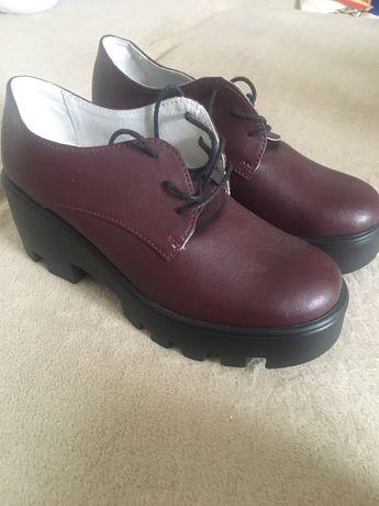 Туфлі нові 37 (36)