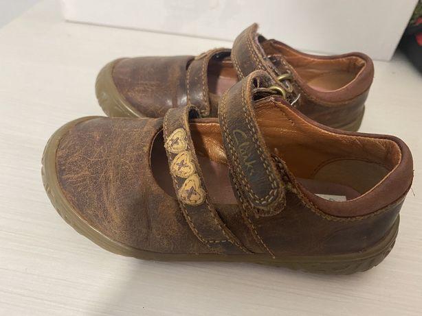 Туфли для девочки Clarks, размер 22