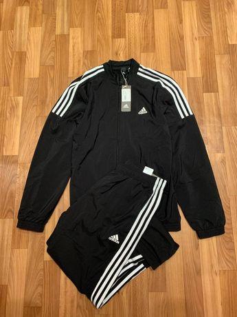 Спортивный костюм Adidas размер Л