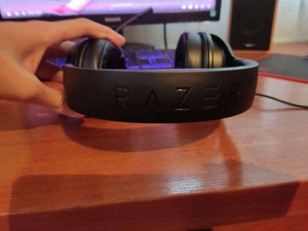 Продам навушники Razer kraken lite