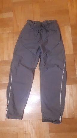 Długie sportowe spodnie NIKE rozm. S, M