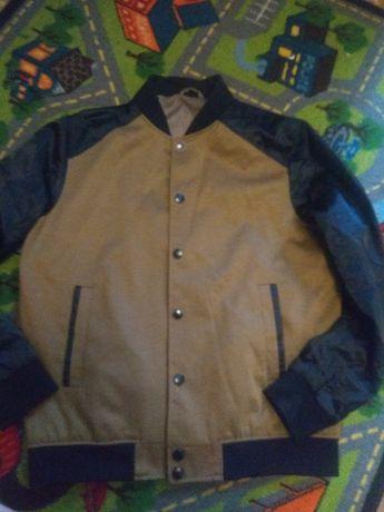 Куртка, ветровка, бомбер S-M