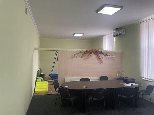 Аренда офисного помещения 100 м 35м