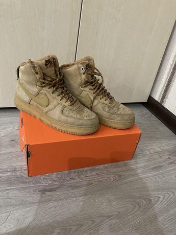 Nike Air Force 1 High