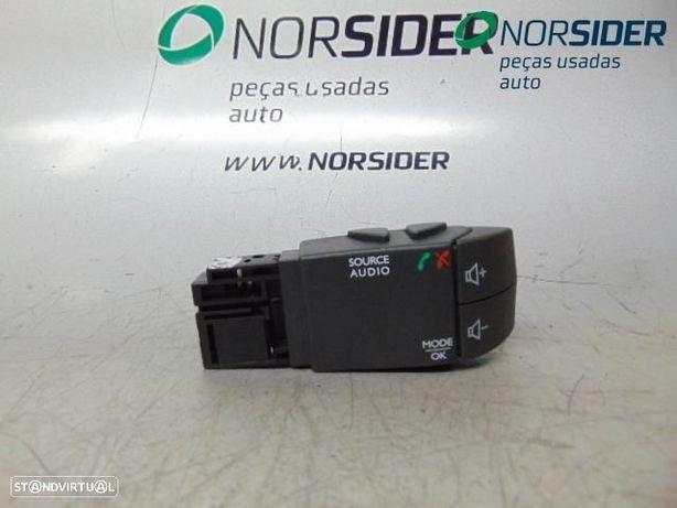 Manete rádio ou computador bordo Dacia Logan II MCV|12-16