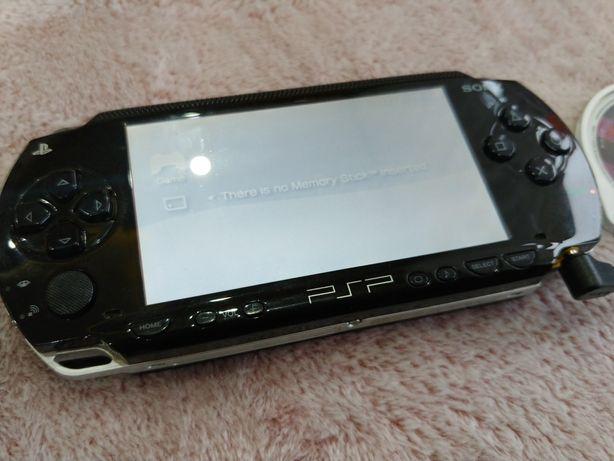 Sony Psp-1004 jedna gra w zestawie