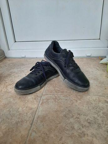 Туфли,ботинки для мальчика