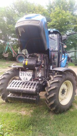 Трактор LS 1004.