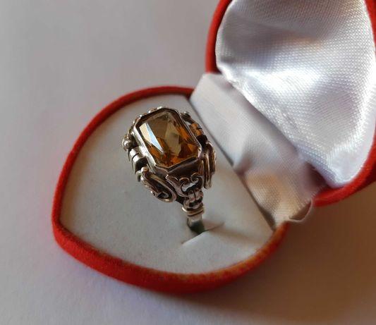 Niezwykły stary pierścień srebro 935 topaz