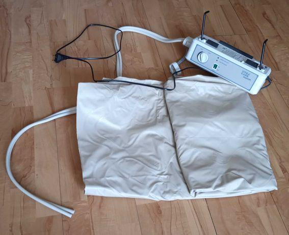 Materac przeciwodleżynowy z kompresorem i łapkami do zawieszania