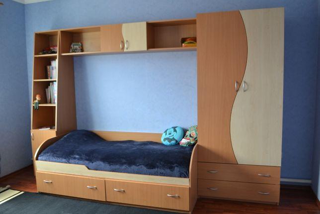 Мебель детская подростковая (шкаф, стол, кровать_