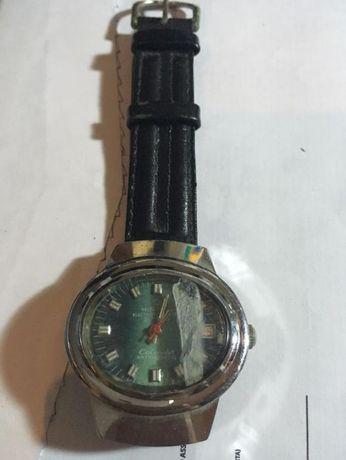 Relógio Mirage clássico de Corda