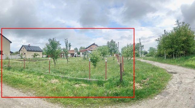 Ділянка з будинком, всі коиунікації, Конопниця, біля кінцевої 156 марш