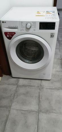 Maquina de Lavar Roupa 7kg LG